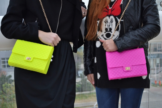 signaturebymm_rainy_days_and_neon_bags (2)