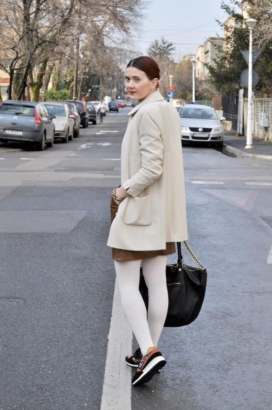 Signaturebymm, Corina Mirea, white look, Le Coq Sportif, Brand Circus, white coat
