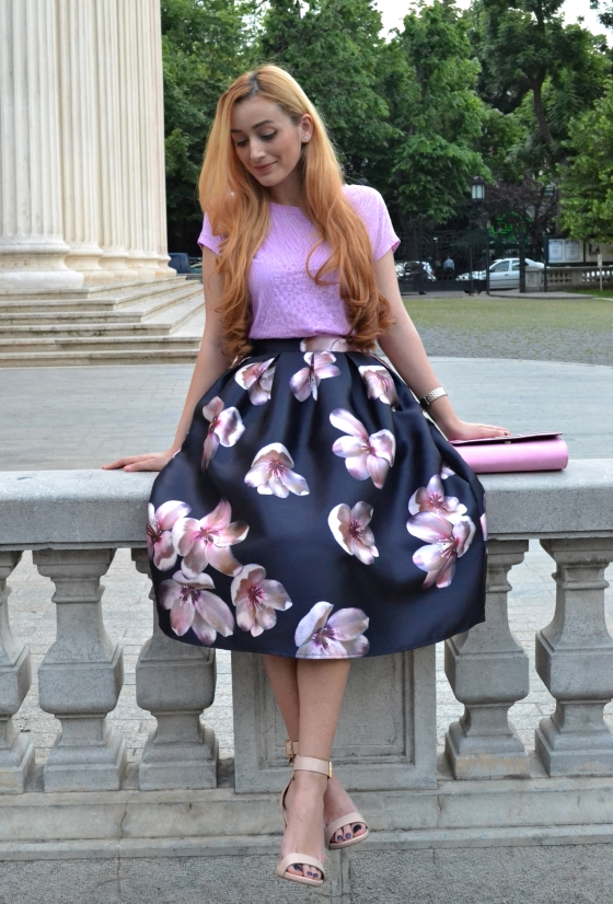 signaturebymm, signature by m&m, madalina misu, fashion, blog, blogger, moda, romwe, cum s aporti fusta midi, how to wear midi skirt, fusta midi cu flori, ateneul roman, geanta dorothy perkins, ceas burgi, dorothy perkins bag, burgi watch, sandale steve madden, steve madden sandals, leather sandals, only, only tee, fashion days