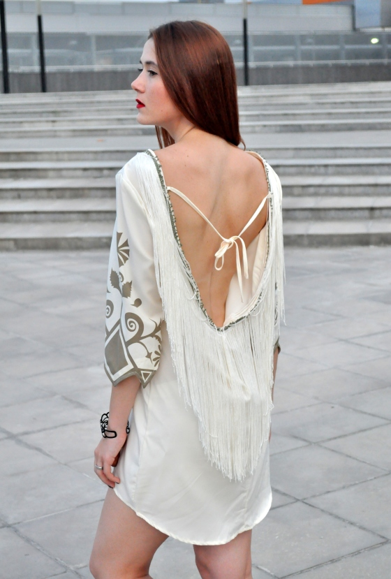 Romwe, romwe dress, boho dress, tassel dress, backless dress, cut out dress, rochie cu franjuri rochie boho, cum sa porti rochia boho, rochie de plaja, beach dress
