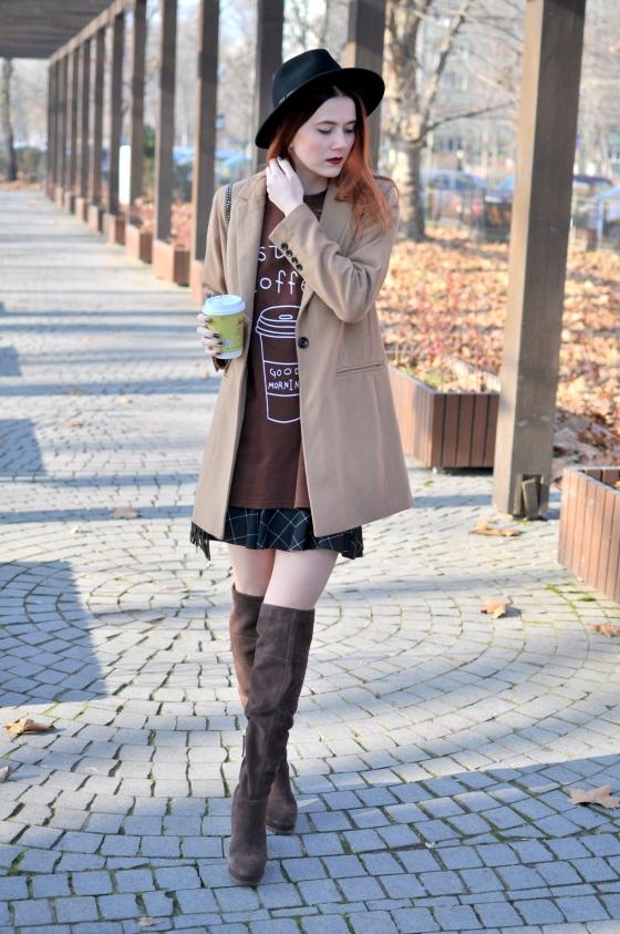 corina_mirea_romwe_coffee_dress_kurtmann_camel_coat_skirt