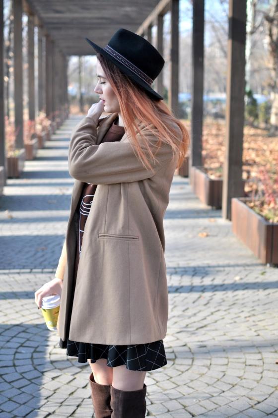 corina_mirea_romwe_coffee_dress_kurtmann_camel_coat_skirt3