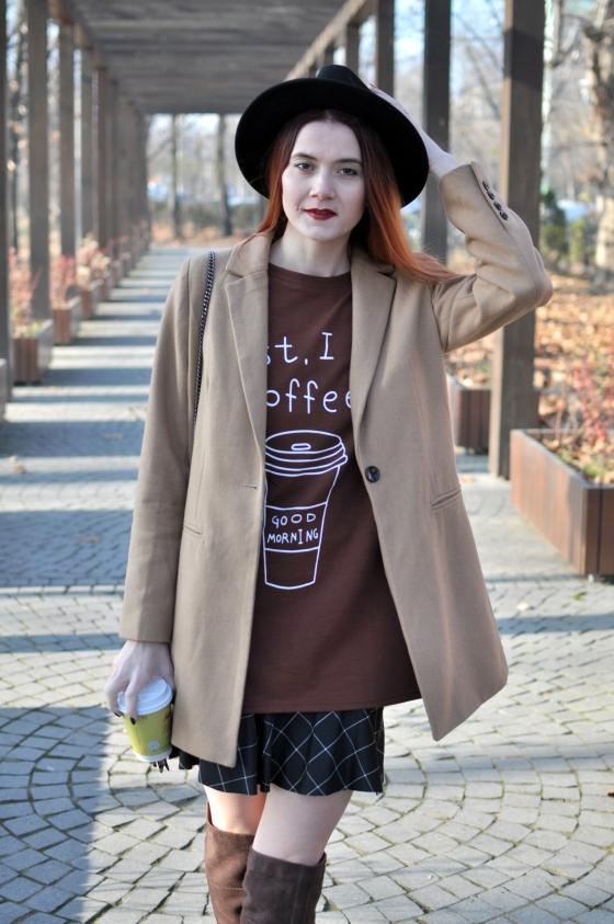 corina_mirea_romwe_coffee_dress_kurtmann_camel_coat_skirt4