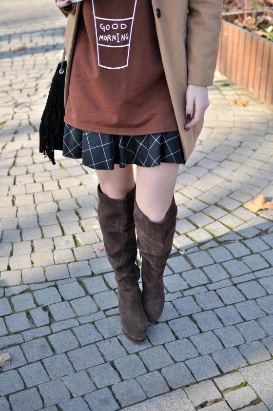 corina_mirea_romwe_coffee_dress_kurtmann_camel_coat_skirt9