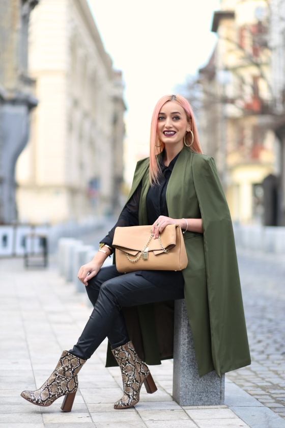 madalina misu, cum mixam stilurile, influente militare, anii 70, cum purtam capa, trenduri toamna-iarna 2016 2016, yoins capes, yoins review, ateneul roman, blog moda, fashion blog, fashion tips, signature bymm, signature by m&m