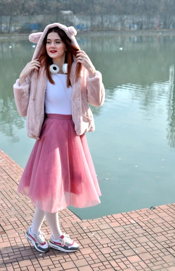 pink_coat_corina_mirea